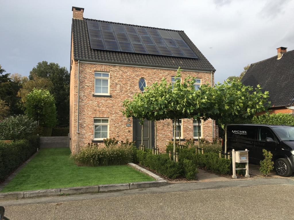 Plaatsing van zonnepanelen in Herentals door ZENO